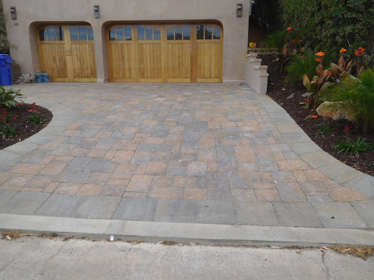 HARDSCAPES PAVERS ROWLING 13