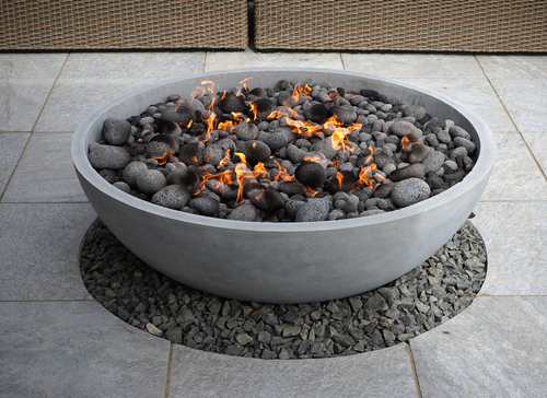 Does a fire pit need a liner