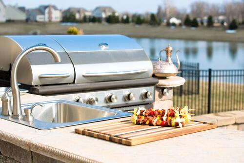 6 Outdoor Kitchen Ideas