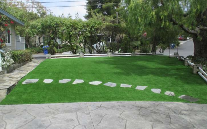 Artificial Turf Ideas for San Diego Homes 2