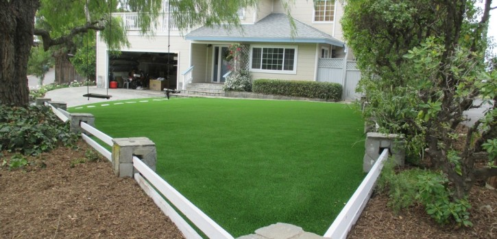 Artificial Turf Ideas for San Diego Homes 3