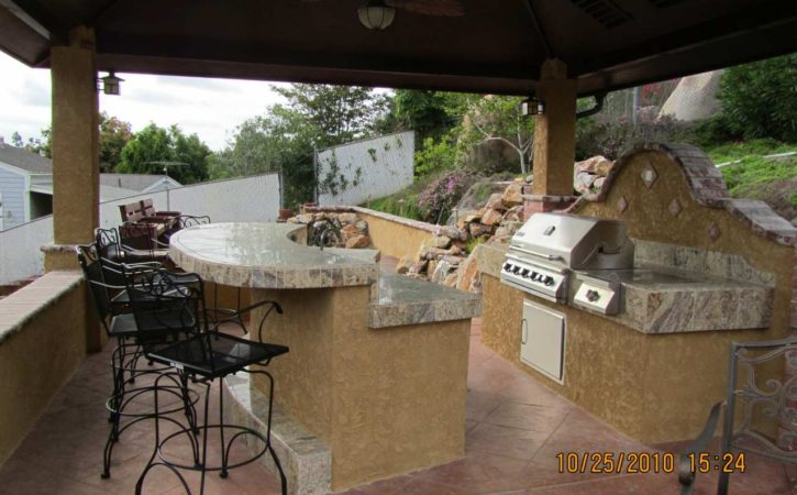 Outdoor BBQ Island Designs 4747