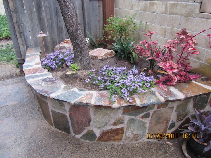 HARDSCAPES FLAGSTONE MADERE 2