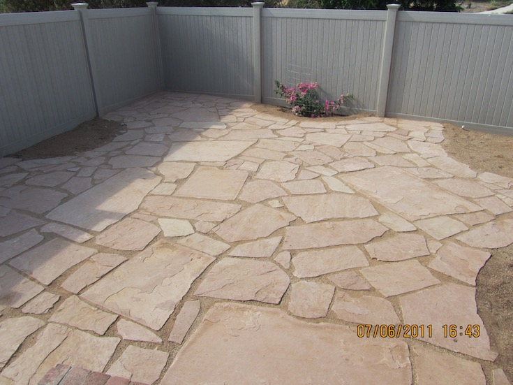 HARDSCAPES FLAGSTONE MOYERS 1