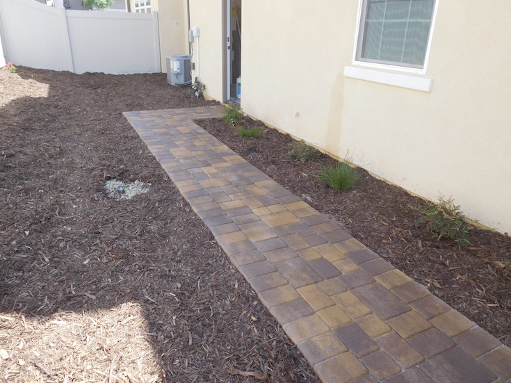 HARDSCAPES PAVERS DAO 4