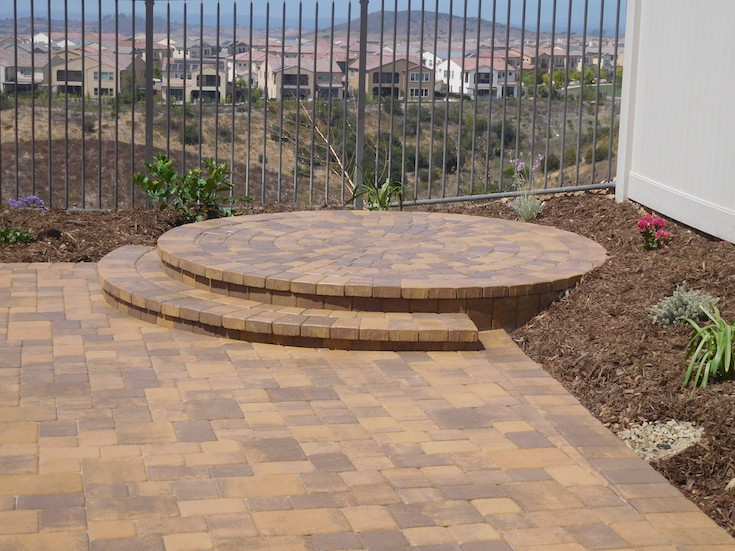 HARDSCAPES PAVERS DAO 5