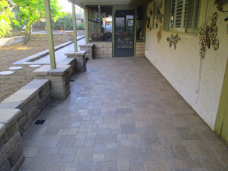 HARDSCAPES PAVERS MORRIS 8