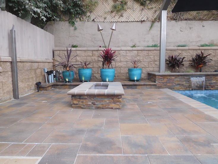 HARDSCAPES PAVERS ROWLING 6