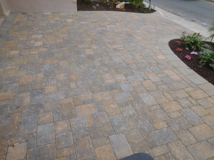 HARDSCAPES PAVERS ROWLING 16