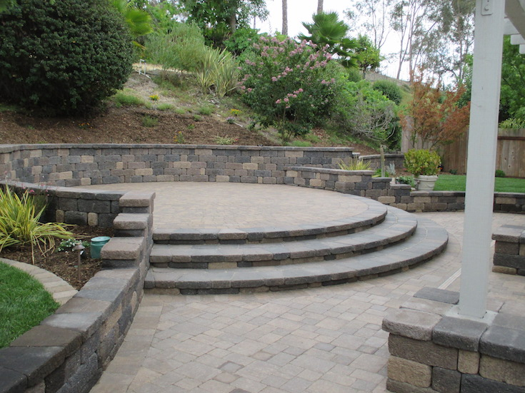 HARDSCAPES STEPS DAM 1