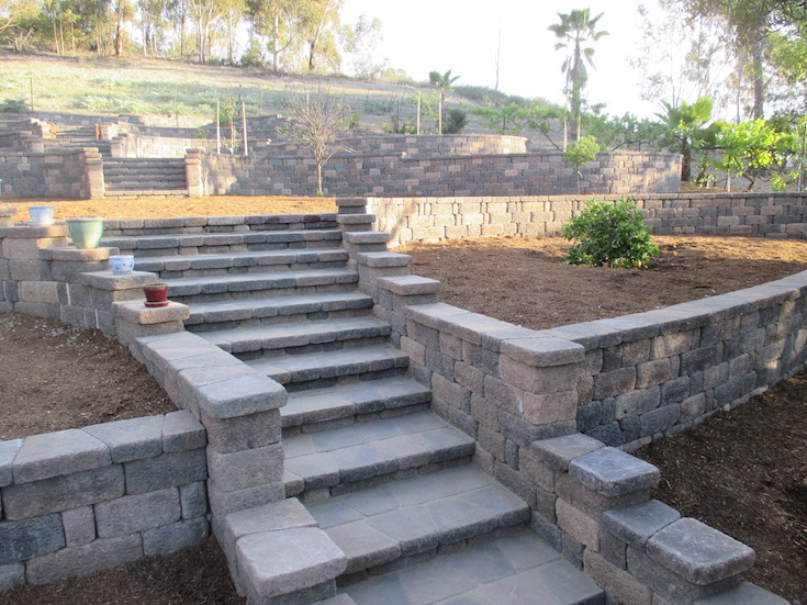 HARDSCAPES STEPS DAM 9