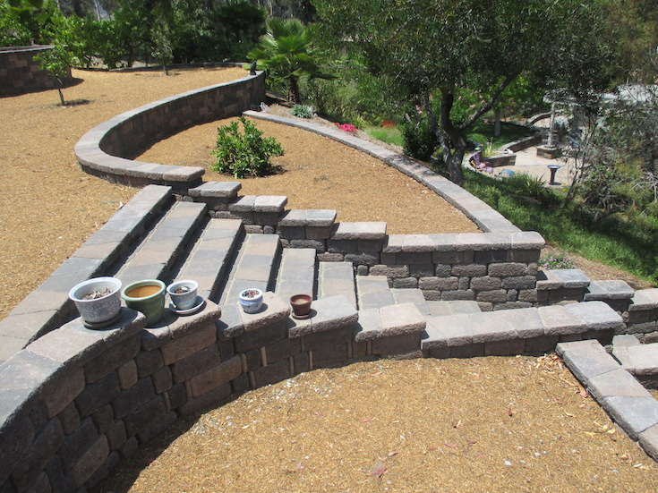 HARDSCAPES STEPS DAM 15