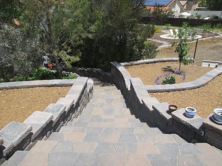HARDSCAPES STEPS DAM 16