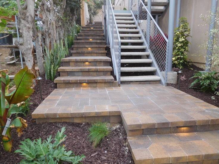 HARDSCAPES STEPS ROWLING 4