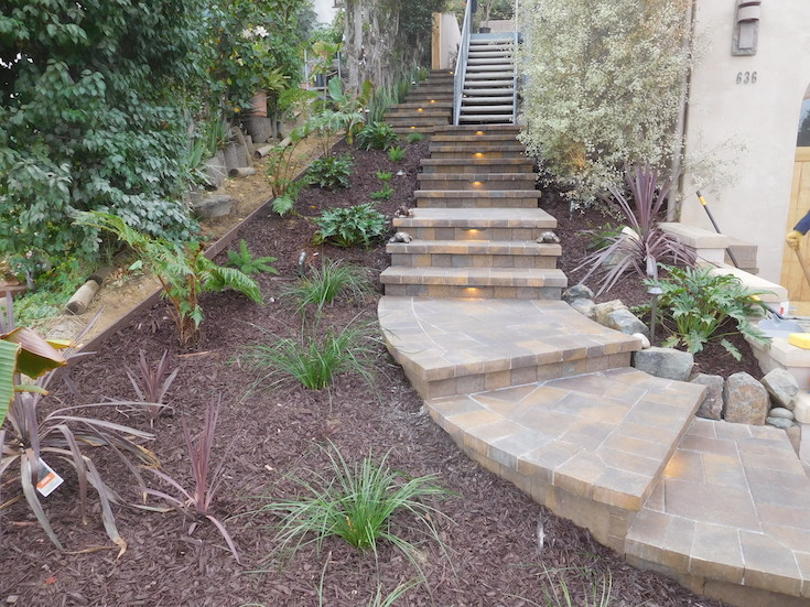 HARDSCAPES STEPS ROWLING 6