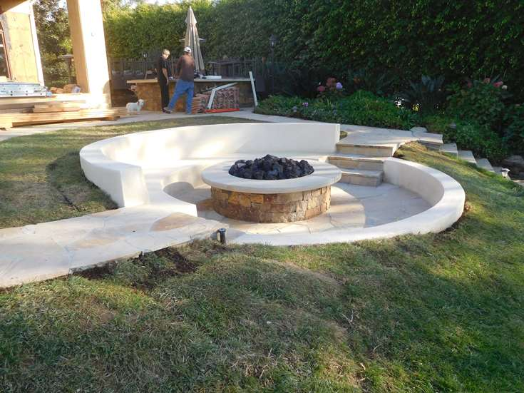 OUTDOOR LIVING FIRE PITS HENDLER 2