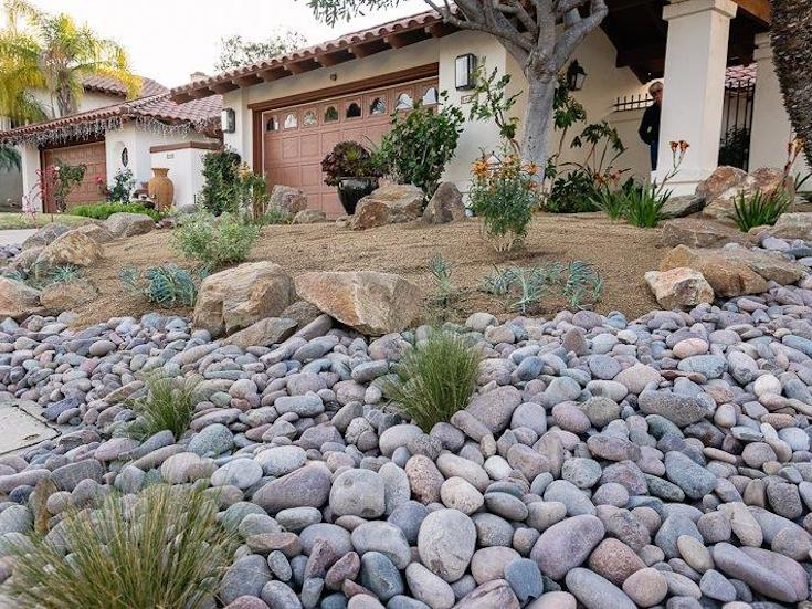 SOFTSCAPES XERISCAPES KNAPP 3